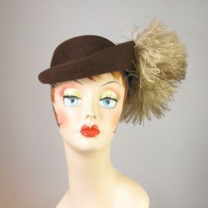 Vintage Ladies Hat w Ostrich Feathers